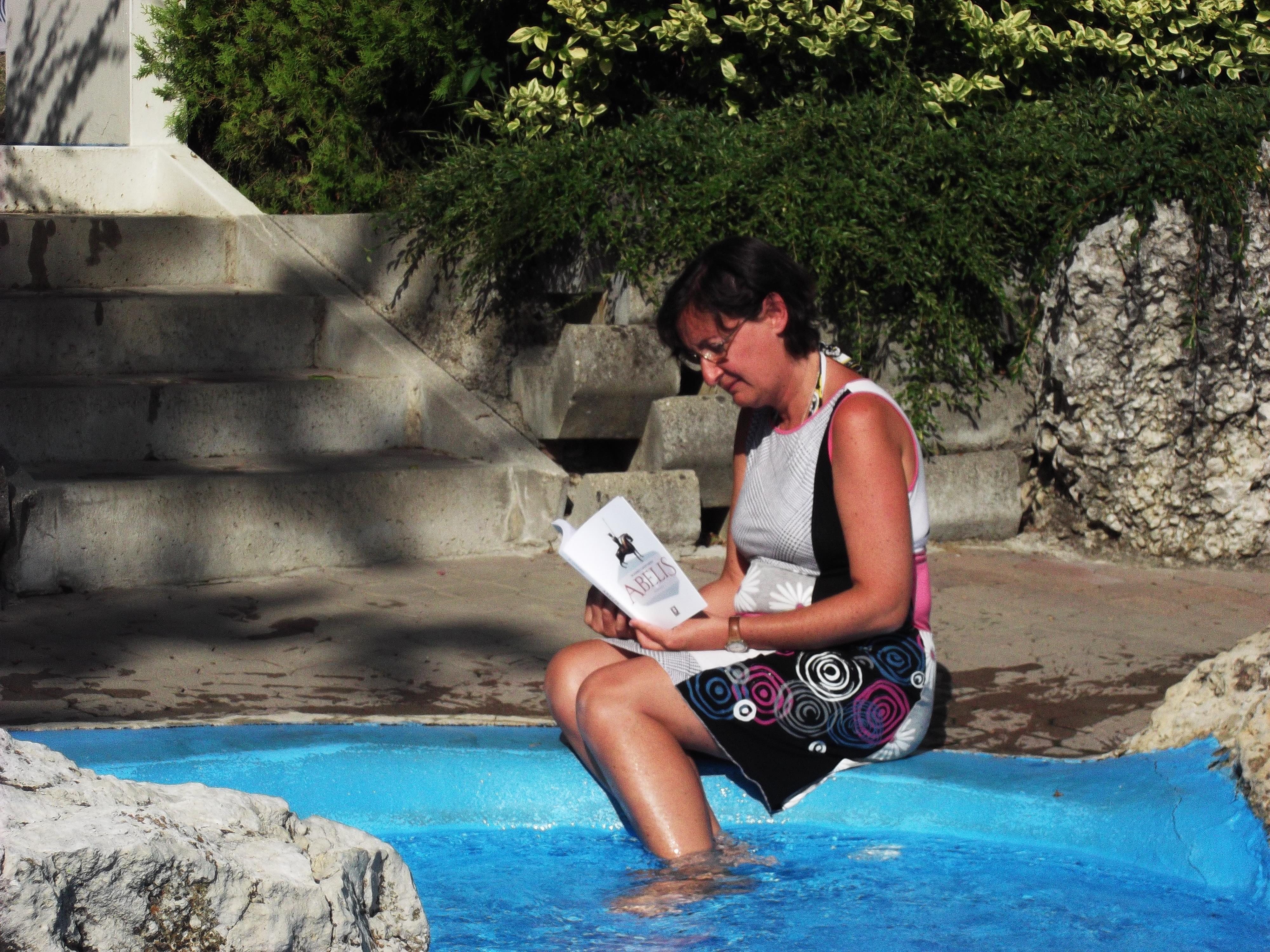 Abelis alla piscina del campeggio