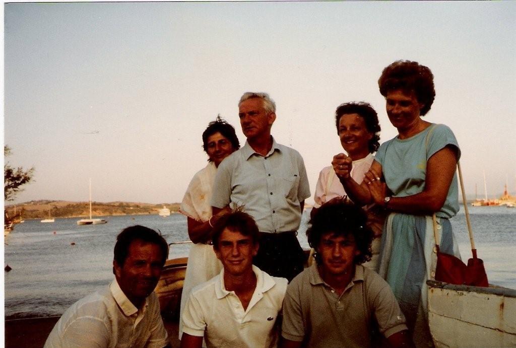 1983. Mio papà, mia mamma e mio fratello Matteo (quello in Lacoste).